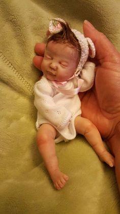 OOAK polymer clay Sleeping baby girl, pose-able Art Doll