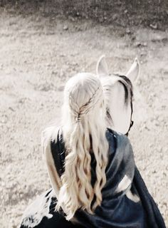 Daenerys Targaryen - game-of-thrones Fan Art Sansa Stark, Winter Is Here, Winter Is Coming, Daenerys Targaryen Aesthetic, Game Of Trone, Cersei Lannister, Mother Of Dragons, Khaleesi, Emilia Clarke
