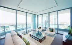 Here at 900 Biscayne Bay Condos you not only find the perfect place to live, you find a family. We offer high-end amenities and elegant interior designs that combined with our excellent services make of your stay at 900 Biscayne Bay, simply unique. We are the definition of luxury and comfort.
