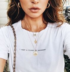 You love elegant and stylish necklaces?de – The no. 1 online shop for women's accessories! We offer inexpensive and elegant accessories❤️ # fashion # fashion # necklaces - Women Fashion Trends Looks Style, Looks Cool, Negin Mirsalehi, Look Fashion, Womens Fashion, 90s Fashion, Travel Fashion, Winter Fashion, Fashion Trends