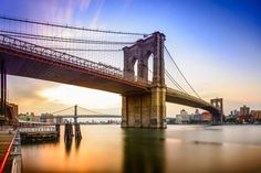 Brooklyn Bridge in New York City, USA at dawn. Free art print of Brooklyn Bridge. East River, Ponte Do Brooklyn, Brooklyn Bridge New York, New York City, Photo New York, Famous Bridges, Skyline, City Landscape, Travel Tips
