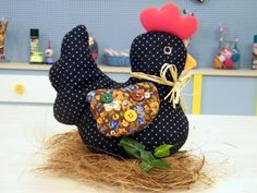 Archiwum albumów - indyki i kury Sewing Toys, Sewing Crafts, Sewing Projects, Diy Crafts, Rooster Craft, Rooster Decor, Fabric Toys, Fabric Birds, Sewing Patterns