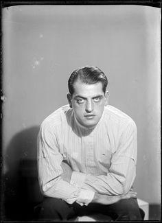 Man Ray, Luis Buñuel (1900 - 1983), 1929.   Se cumplen 30 años sin Buñuel, pionero, genio y maestro