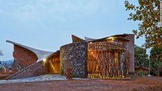 The Brick House by IStudio Architecture (Wada, India)