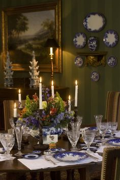The Collected Tabletop author, Kathryn Greeley, shares her top Thanksgiving entertaining tips and her family's traditions with you, today, on Hadley Court. KG