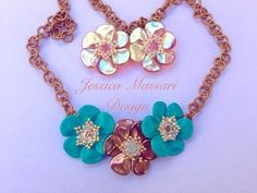 Tutorial Primule - Flower Pendant with Petal Rose Beads - YouTube
