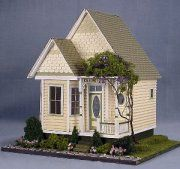 wonderful quarter inch scale house from Suzanne and Andrew's Miniatures
