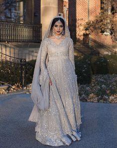 types of muslim wedding dresses Asian Bridal Dresses, Muslim Wedding Dresses, Indian Wedding Outfits, Bridal Outfits, Indian Outfits, Wedding Gowns, Nikkah Dress, Shadi Dresses, Pakistani Bridal Dresses
