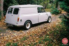 mini panel van - mine was green Classic Mini, Vans Classic, Musical Duets, Mini Clubman, Mini Trucks, Mini Cooper S, Hot Rides, Trucks For Sale, Cool Pictures