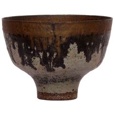 Lucie Rie - Stoneware Bowl with Volcanic Pool Center and Bronze Rim