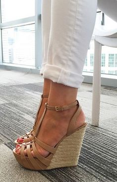 love these strappy brown wedges - so perfect for spring & summer!