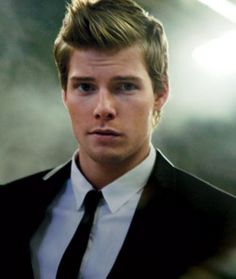Hunter Parrish in a tailored suit