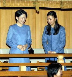 imperialfamilyofjapan:  Princess Kiko and her younger daughter Princess Kako watched the Kyogen, a traditional Japanese comic theatre, performed in sign language, National Noh Theatre, Tokyo, February 1, 2015