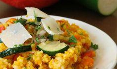 Dýňový bulgur s quinoou a parmezánem Quinoa, Risotto, Grains, Ethnic Recipes, Fitness, Bulgur, Seeds, Korn