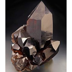 #Quartz #swiss #gems #gemmy #gemshow #gem #juice #minerals #specimens #crystals…