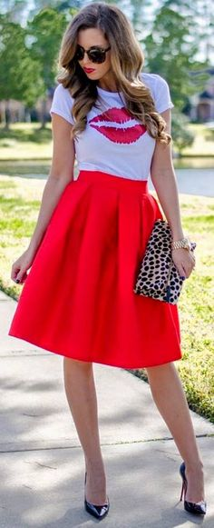 Red Pleated Midi Skirt with Red Lips Glitter Tee and Louboutin heels