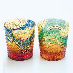 [F]江戸切子のグラス、これで飲んだら美味しく感じられそう。 Glass Ceramic, Ceramic Art, Japanese Design, Japanese Art, Cut Glass, Glass Art, Glass Design, Arts And Crafts, Ceramics