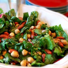 Super Spinach Salad : This recipe combines several superfoods together to make a sweet and spicy meal that packs a big nutritional punch. Spinach, blueberries, almonds and olive oil are all considered superfoods for their healing properties. Eat this during the winter months to boost immunity and fight off colds and viruses. Blueberries are fill of vitamin C and antioxidants and spinach is high in zinc and vitamin K.\r\n