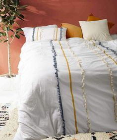 Flber Tasseled Duvet Cover Queen Boho Comforters Textured Bedspreads White Bedding >>> Check out this great product. (This is an affiliate link) Boho Comforters, Boho Bedding, Duvet Bedding, White Bedding, Cotton Bedding, Luxury Bedding, Cute Bedspreads, Bedding Sets, Modern Bedding