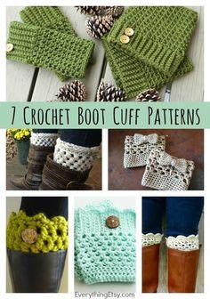 Emmy Makes Crochet: DIY Crochet Boot Cuff Patterns Free Designs} Guêtres Au Crochet, Mode Crochet, Crochet Gratis, Crochet Boots, Crochet Slippers, Crochet Clothes, Crochet Headbands, Knit Headband, Baby Headbands