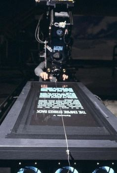 Star Wars Behind The Scenes Photos From The Peter Mayhew Archives ( man behind the Chewbacca) Famous Movies, Iconic Movies, Popular Movies, Chewbacca, Peter Mayhew, Starwars, Top Photos, Photos Du, Rare Photos