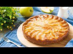 La Torta di Mele della Nonna è un dolce goloso e genuino ideale per la colazione e la merenda di ogni giorno. Provatela, è una vera delizia! Italian Biscuits, Apple Cake, Gelato, Just Desserts, Camembert Cheese, Cake Recipes, Pineapple, Food And Drink, Favorite Recipes