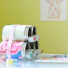 Here are some projects you can make with wallpaper! (via Kootut Murut)