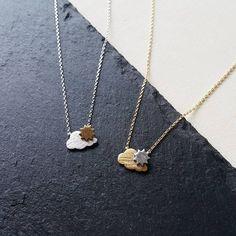 ⛅Sunshine after the rain necklace ⛅ après la pluie vient le beau temps  Nouveau collier disponible sur Luna Pyxis! #lunapyxis #fblogger #fashionblogger #necklace