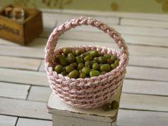 Dollhouse miniature basket crochet basket 1 12 by DewdropMinis Miniature Quilts, Doilies, Dollhouse Miniatures, Baskets, Crochet, Handmade, Crochet Hooks, Hand Made, Doll House Miniatures