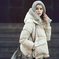 http://www.jollychic.com/p/winter-trendy-design-removable-lining-warm-women-coats-g13671.html?a_aid=mariemvs