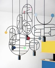 Barcelona design studio Goula/Figuera's collection of Lines & Dots hanging lighting is based on thousands of drawings Modern Lighting Design, Interior Lighting, Lighting Ideas, Blitz Design, Geometric Pendant Light, Suspended Lighting, Memphis Design, Style Deco, Design Studio