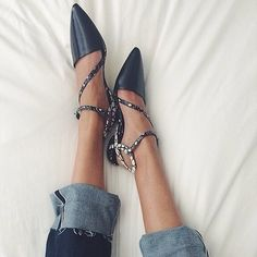 Love these black shoes with silver ankle straps Two Daughters, Ankle Straps, Girls Best Friend, Fashion Details, Black Shoes, Chelsea, Slippers, Lace Up, Flats