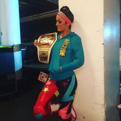 wwe @itsmebayley looks to retain her title against @charlottewwe NEXT on #WWEFastlane! #WWE @wwenetwork  2017/03/06 12:17:36