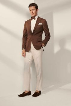 Ralph Lauren Spring 2020 Menswear Fashion Show - Men's style, accessories, mens fashion trends 2020 Hugo Boss, Designer Suits For Men, Herren Style, Style Casual, Casual Outfits, Fashion Show Collection, Wedding Suits, Stylish Men, Cool Suits