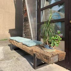 Ideen Wohnzimmer Japanese Garden Design: The Practical Use of Stones and Bou Sofa Area Externa, Indoor Garden, Outdoor Gardens, Poltrona Design, Garden Furniture, Furniture Legs, Barbie Furniture, Furniture Design, Diy Furniture Renovation