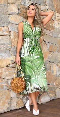 Dressy Dresses, Summer Dresses, African Print Fashion, African Dress, Dress Patterns, Designer Dresses, Ideias Fashion, Fashion Dresses, Gowns