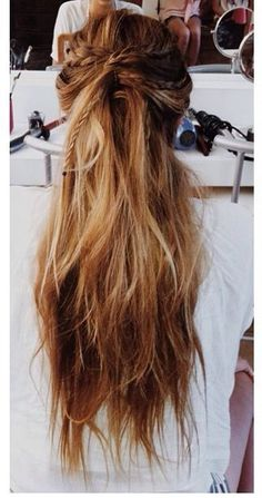 Bridal hair inspo