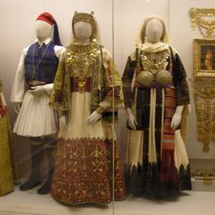 Bridal costumes from Attica and Tanagra in Boeotia, Central Greece @ Benaki Museum, Athens, Greece © David & Bonnie Greek Traditional Dress, Traditional Fashion, Traditional Outfits, Greece Art, Athens Greece, Greece Costume, Benaki Museum, Folk Clothing, Folk Fashion