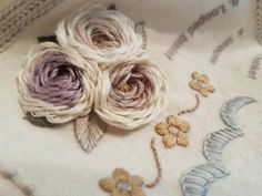 Фотография Bullion Embroidery, Ribbon Embroidery, Beaded Embroidery, Cross Stitch Embroidery, Flower Embroidery Designs, Embroidery Patterns, Smocking Patterns, Embroidered Roses, Sewing Stitches
