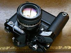 Vintage Camera Nikon FM with Drive - 1977 Antique Cameras, Old Cameras, Vintage Cameras, Nikon Cameras, Camera Hacks, Camera Gear, Film Camera, Photo Lens, Nikon Dslr