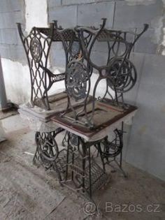 Stolky ze starožitného šicího stroje