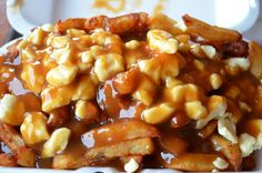 Why Can't America Get Poutine Right? - source: BuzzFeed Mobile.The only original recipe for poutine is in Quebec , thats it ! Cheese Fries Gravy sauce, personnally I like when mixing with Sriracha sauce or Frank hot sauce :) what about you?!