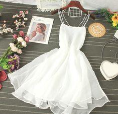 Pretty Outfits, Pretty Dresses, Beautiful Dresses, Cute Short Dresses, Mini Dresses, Stylish Outfits, Mini Dress Formal, White Mini Dress, Formal Gowns