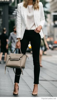 Check latest office & work outfits ideas for women, office outfits women young p. - - Check latest office & work outfits ideas for women, office outfits women young professional business casual & office wear women work outfits business . Classy Business Outfits, Business Outfit Frau, Casual Work Outfits, Mode Outfits, Work Casual, Stylish Outfits, Women's Casual, Autumn Casual, Business Chic