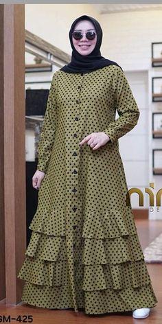 Abaya Fashion, Muslim Fashion, Fashion Dresses, Casual Skirts, Fashion Sewing, Dress Codes, Designer Dresses, Women Wear, Eminem