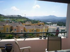 Apartment for Sale in Alhaurín el Grande, Costa del Sol. A very nice penthouse apartment on a popular golf development. Two sunny terraces facing the golf and mountains.Three good size bedrooms with the master bedroom enjoying an ensuite bathroom http://www.viviendarealestate.com/en/listing/150/
