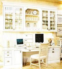 nice work area in kitchen