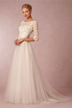 Cheap A-line lace wedding dress with long sleevs for beach wedding.