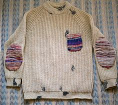 Sakiori doryman sweater 1 knitting and sewing knit crochet и Textiles, Mode Masculine, From Rags To Riches, Visible Mending, Make Do And Mend, Boro, Fabric Strips, Darning, Sweater Weather
