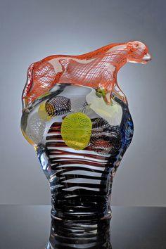 Toikkuja -exhibition by Oiva Toikka Glass Design, Design Art, Art Of Glass, Vintage Pottery, Decoration, Sculptures, Ceramics, Crystals, Retro